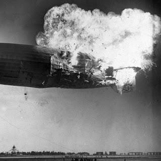 Terbakarnya Pesawat Udara (Airship) Hindenburg