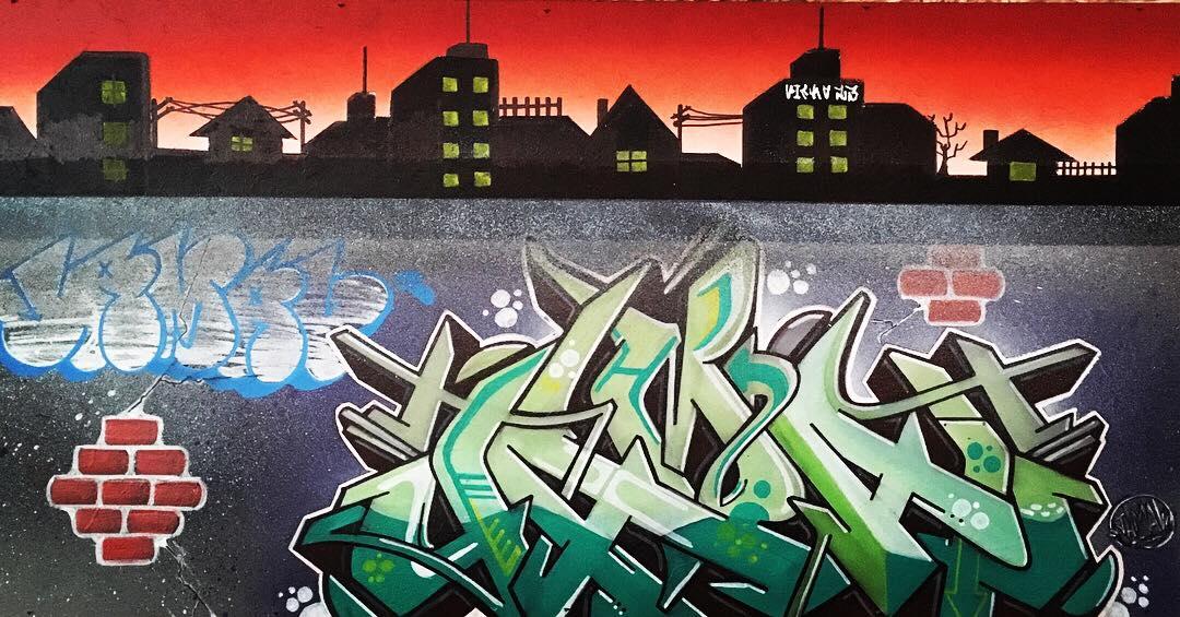 Tela em Graffiti Art em exposição no Fofão Rock 'n' Bar.  Foto: acervo Jamal