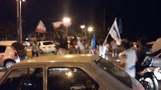 mandados como milicos a escrachar a Vidal