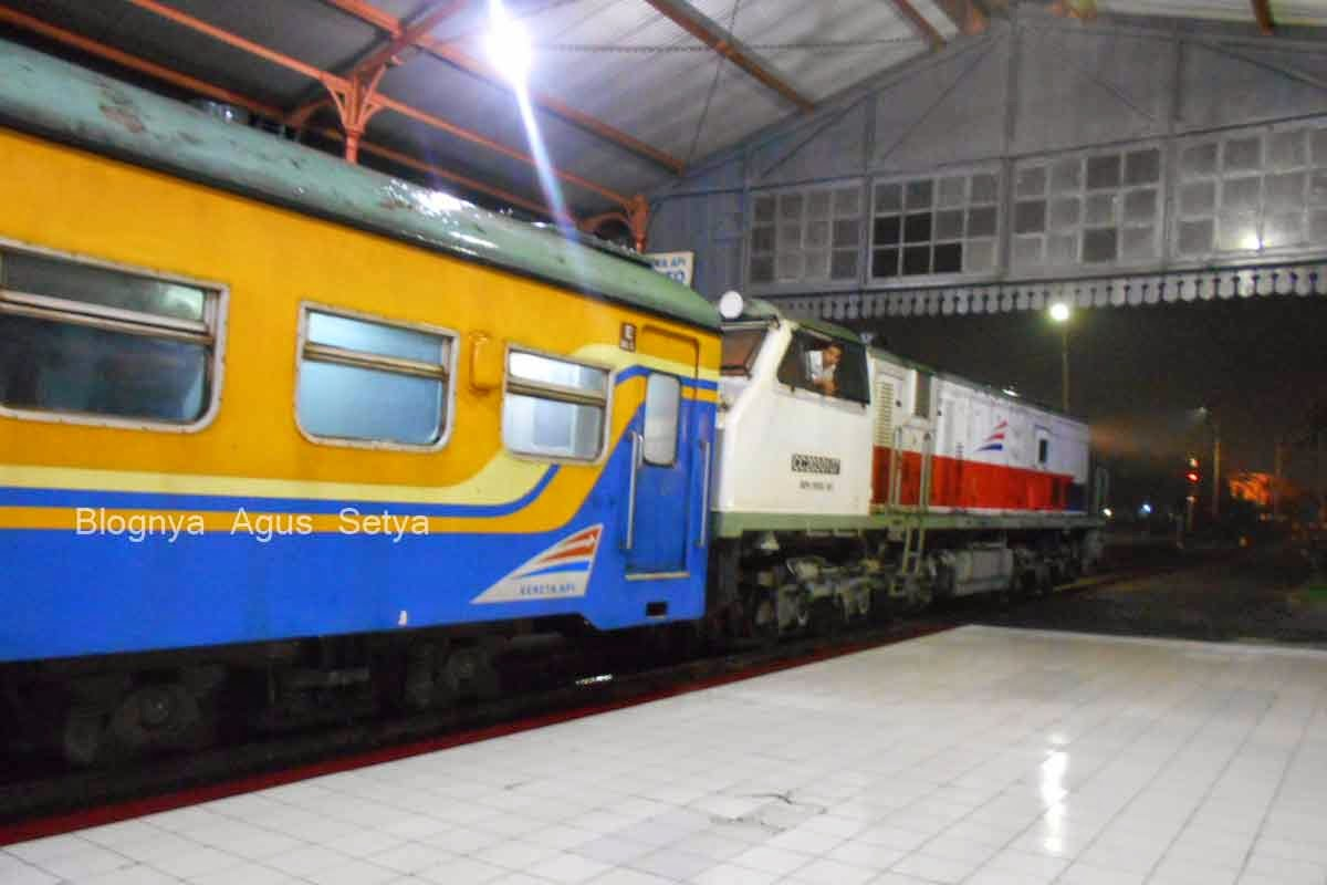 Jadwal KA Stasiun Bandung