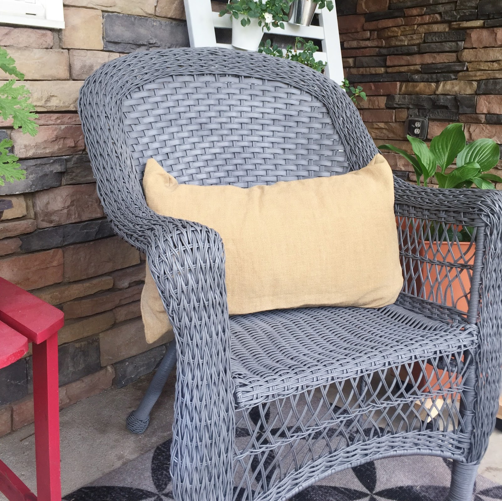 Wicker Furniture Spray Paint