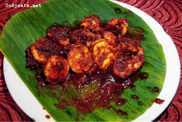 prawns ghee roast from Hotel Maharaja in Mangalore (consistently good seafood and Mangalore-styled dishes at very reasonable rates.)