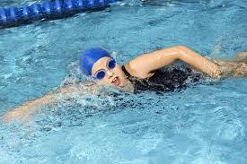 Bơi lội điều trị trầm cảm