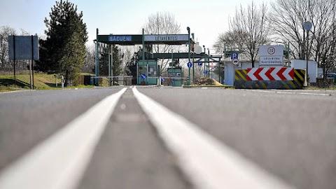 Szijjártó: újra lehetővé válik az ingázás a magyar-román határon
