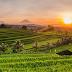 3 Kota di Indonesia ini Bisa Jadi Alasan Kamu Nggak Lagi Benci Musim Hujan