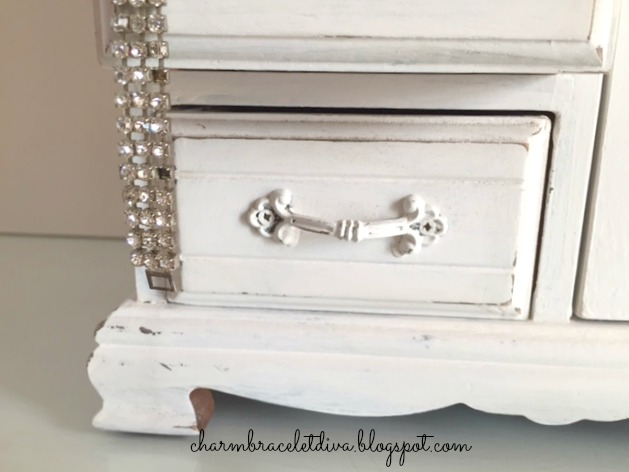 shabby chic jewelry storage with rhinestones