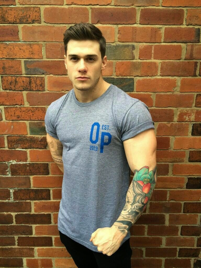 hot-tattoed-dude-with-gorgeous-face