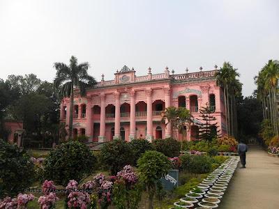 Mohera Jomidar Bari - Tangail