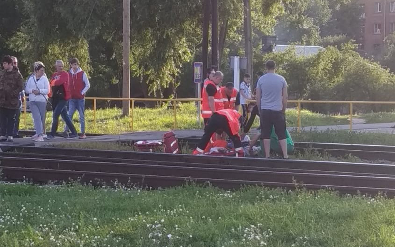 Mangaļos vilciens nāvējoši notriec cilvēku