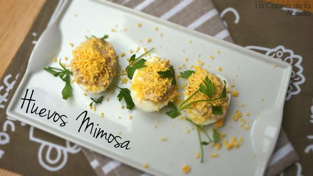 Huevos mimosa receta sencilla presentación plato