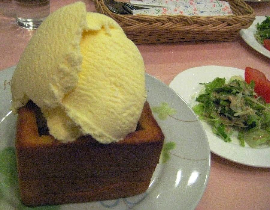 Maple Toast Cafe Restaurant Hanayobi メープルトーストセット 花曜日