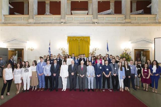 Βραβεύθηκαν από την Eurobank οι αριστεύσαντες μαθητές και από την Αργολίδα