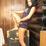 Andrea Rincon, Selena Spice Galeria 27 : Camiseta Basket, Cachetero Negro Foto 4