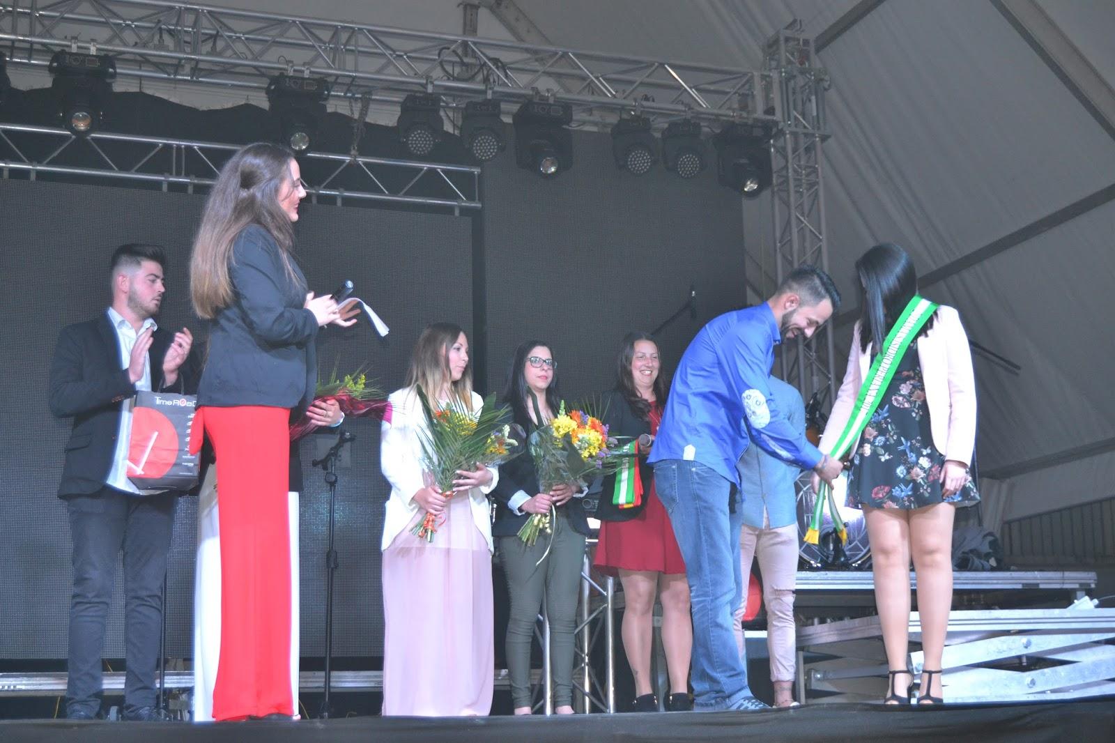 Periana Y Pedanias Elecci N De La Reina De Las Fiestas Sus Damas  # Carmelo Muebles Luque