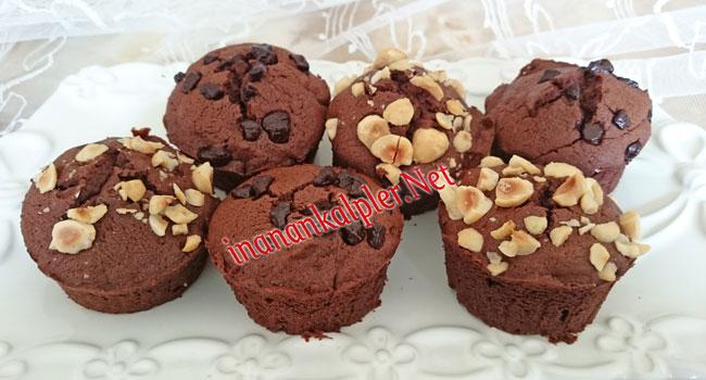 Çikolatalı Muffin Sunumu