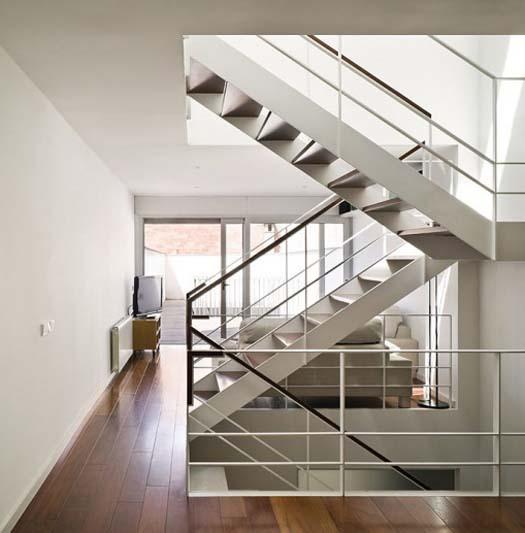 info rumah dan interior design tangga minimalis modern