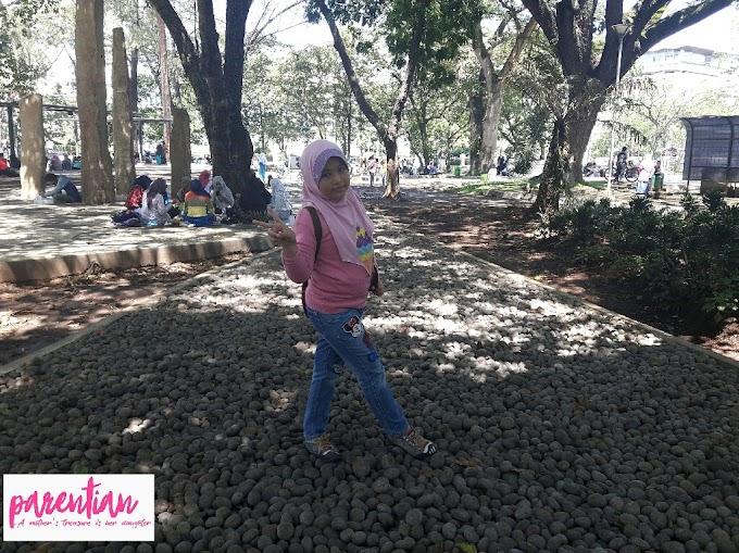 Jalan - Jalan Ke Taman Balaikota Bandung
