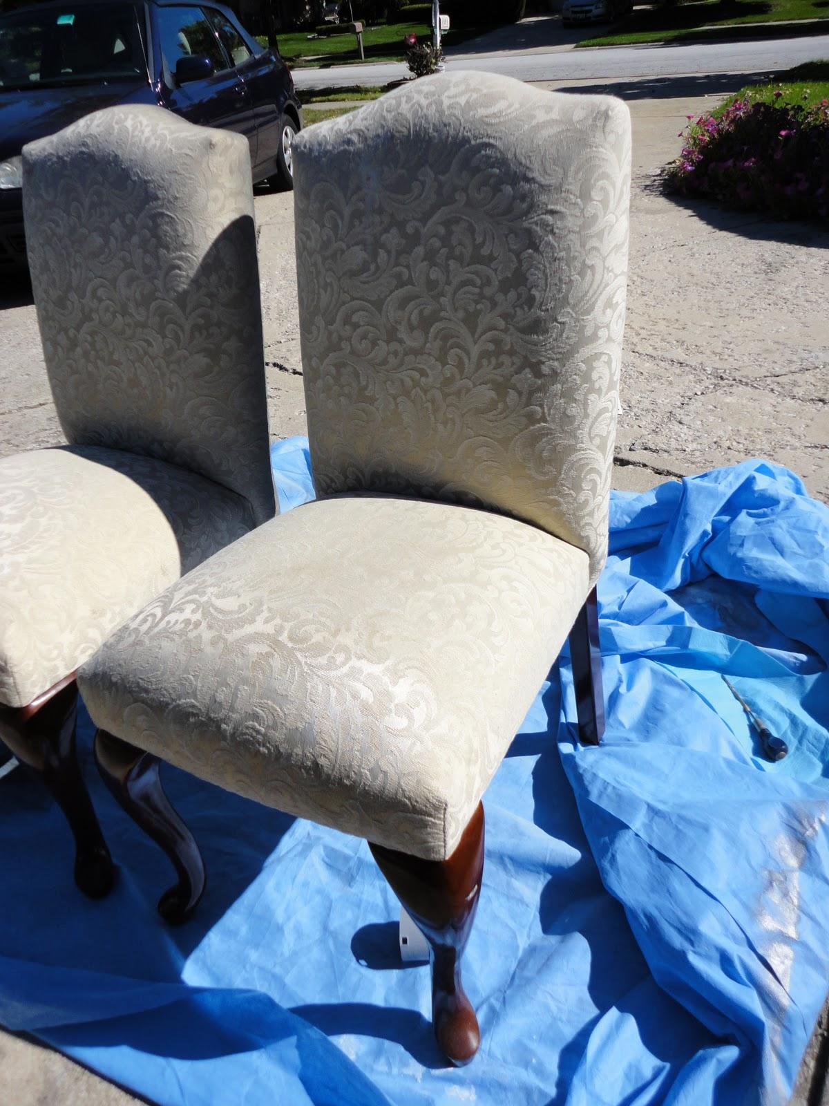 General Splendour Spray Painting Upholstery I Must Be