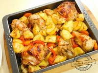 kurczak pieczony z warzywami w piekarniku z ziemniakami udka pieczone z warzywami przepisy kurczak z warzywami w naczyniu  udka z kurczaka z warzywami na patelni pałki z warzywami roasted chicken with vegetables in the oven with potatoes baked chicken legs with vegetables provisions of chicken with vegetables in a dish chicken legs with vegetables in a pan with vegetable sticks