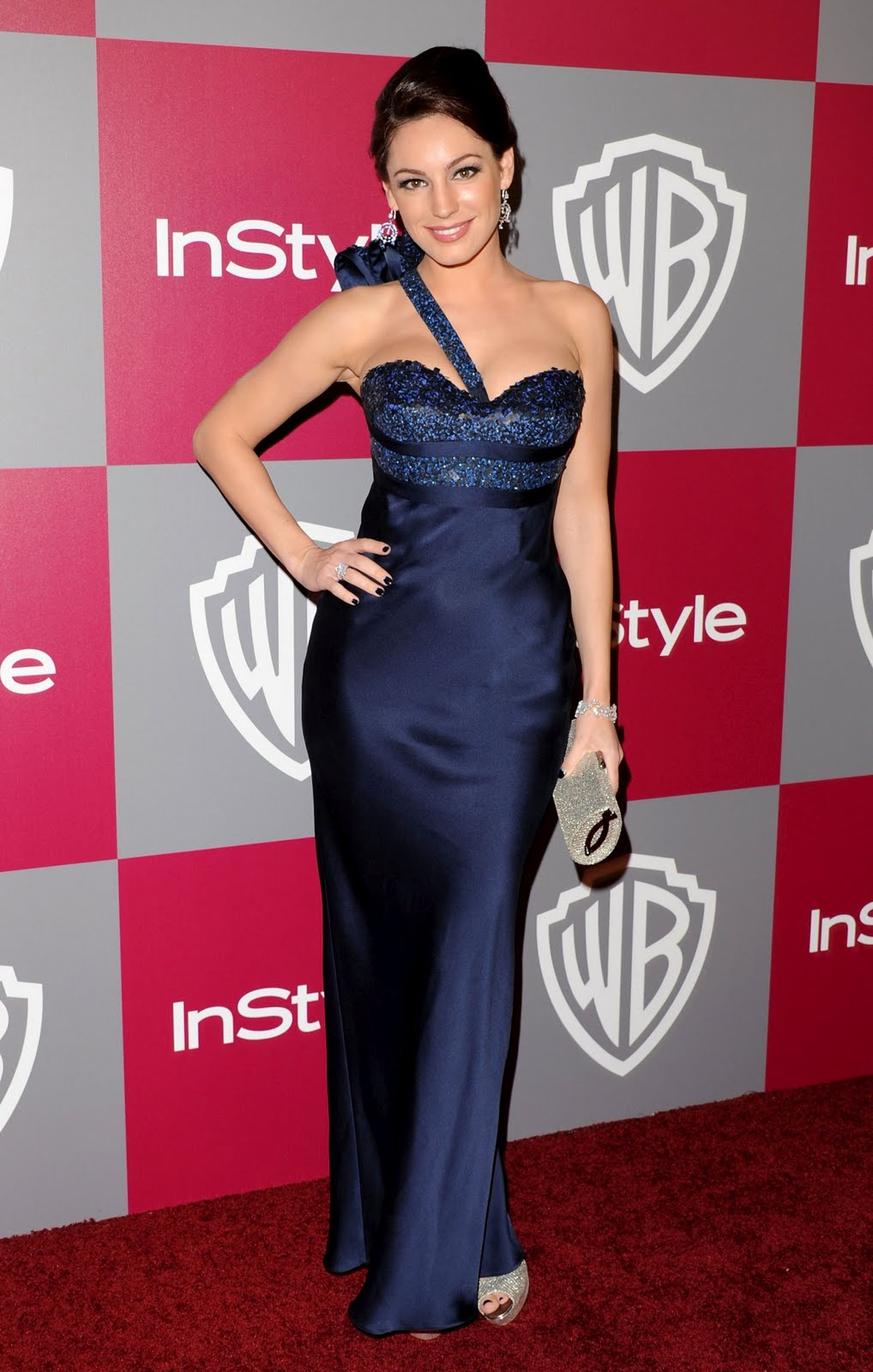 Kelly Brook Looking Hot Blue Gown- 8 Pics-6339