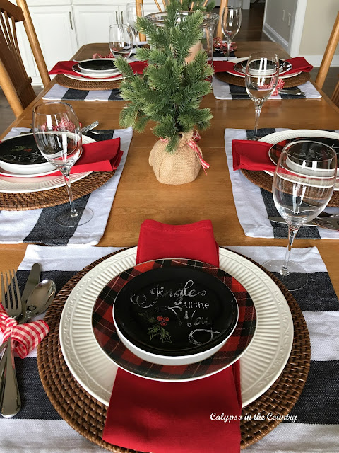 Black and Red Christmas Table