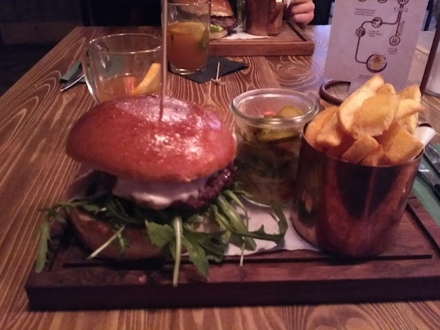 stół i wół | rukola | lublin | jedzenie | restauracja