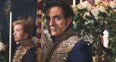 Image of Rufus Sewell in Victoria (15)
