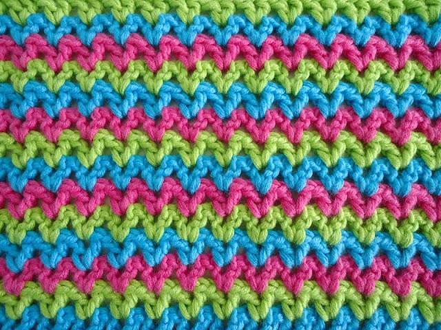 Dinki Dots - V-Stitch Crochet