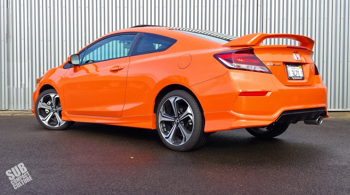 2014 honda civic si coupe in orange fire pearl rear [ 1196 x 667 Pixel ]