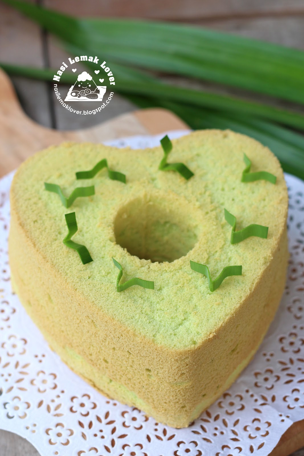 Easy Pandan Chiffon Cake Recipe