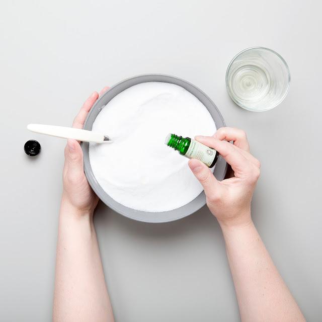 Bland natriumbikarbonat og sitronsyre, Lena Isaksen