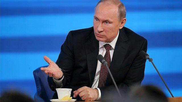 Vladimir Putin assina decreto suspendendo acordo Rússia-EUA sobre plutônio em axcesso