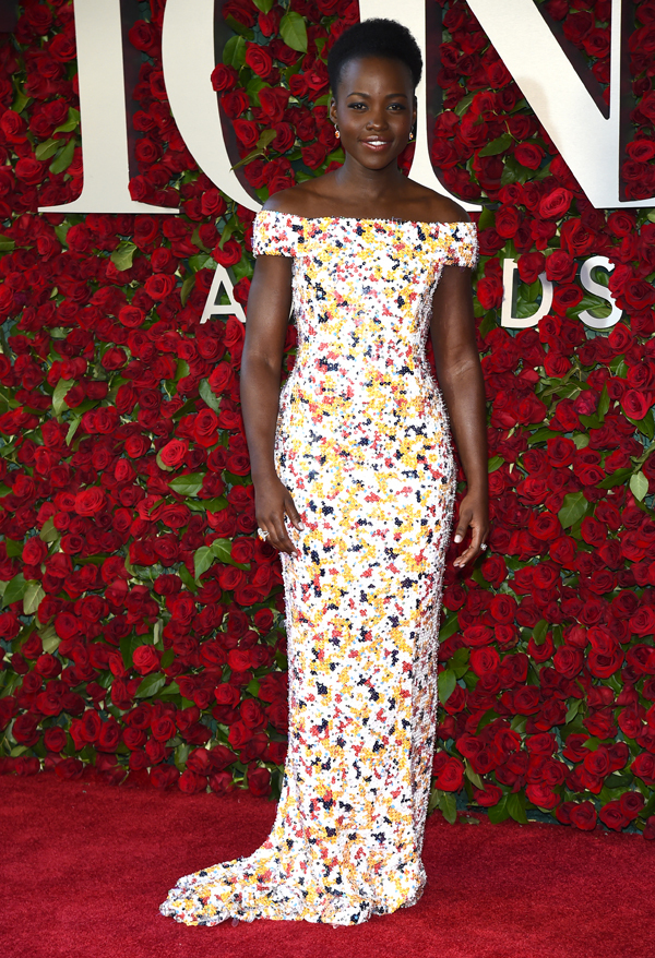 Lupita Nyong'o flaunts figure in Hugo Boss at the 2016 Tony Awards in NY