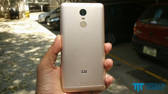 Xiaomi Redmi Note 3 rear