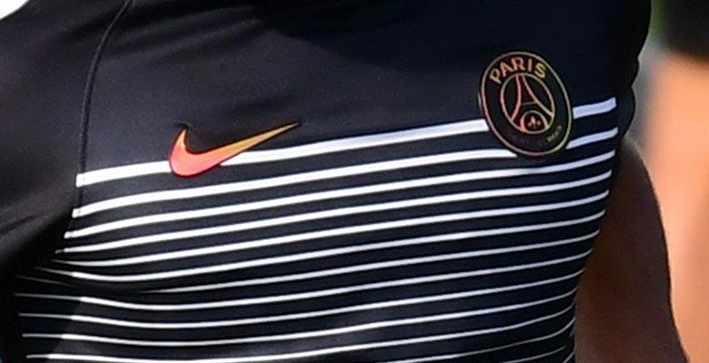 d3ee9adbd Unique Paris Saint-Germain 16-17 Champions League Training   Pre-Match  Shirts Revealed