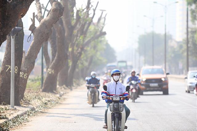 Lượng khói bụi ngày càng tăng kể từ khi thi công tuyến đường vành đai 3 mở rộng.