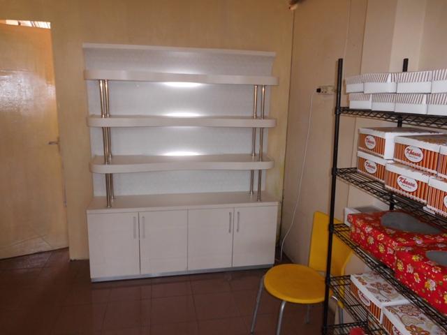 Furniture Semarang - Etalase Display Makanan dan Minuman
