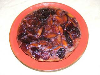 prajitura, tarta cu prune rasturnata, prajitura cu prune rasturnata, prajituri, tarte, deserturi, dulciuri, retete culinare,