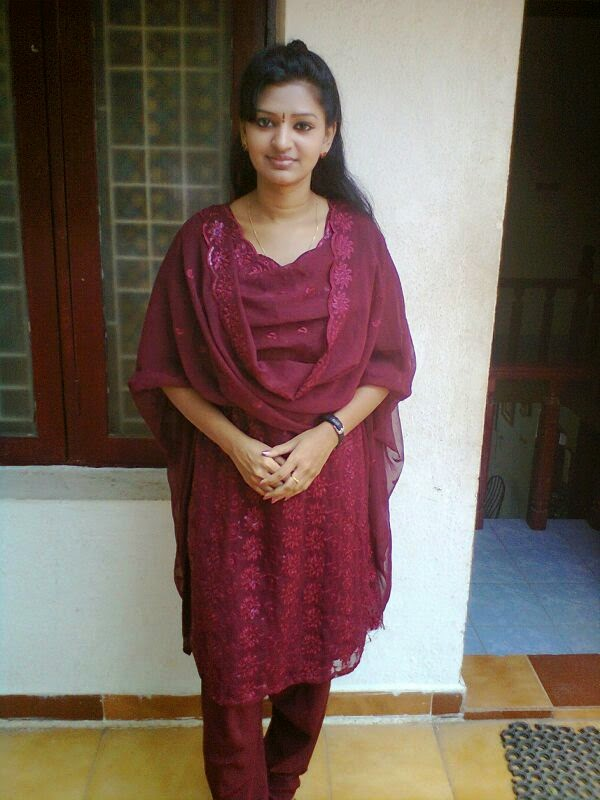 Anandhi