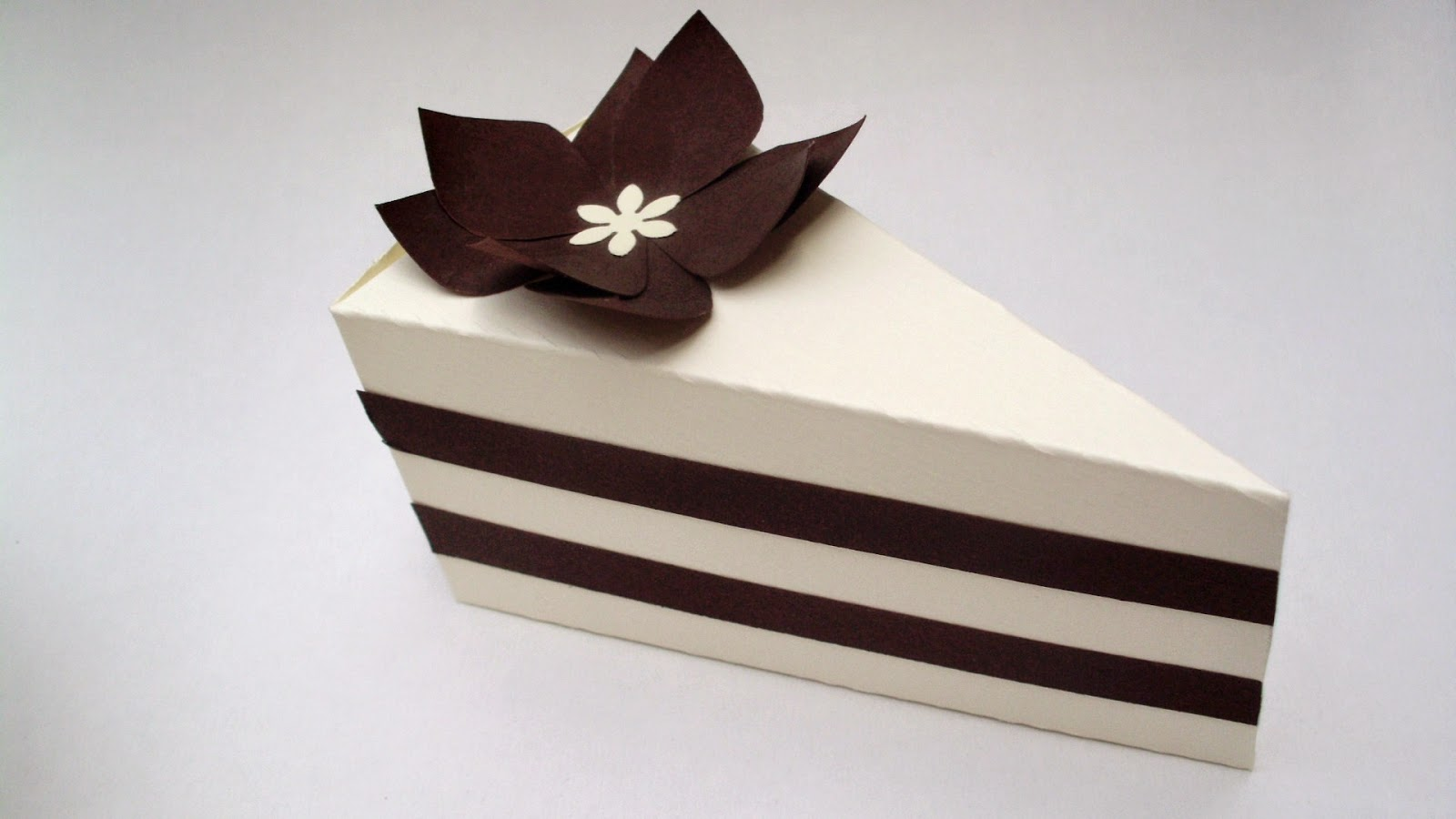 chocolate slice cake favor boxes