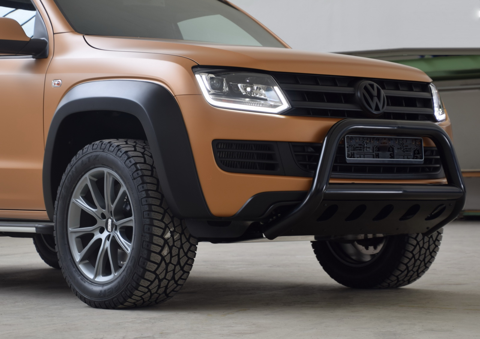 MTM VW Amarok V8 Passion Desert Is The European Raptor ...