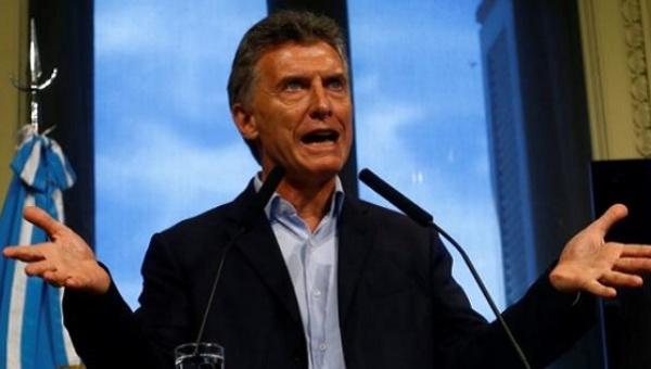 Colombianos se movilizan contra la visita de Mauricio Macri