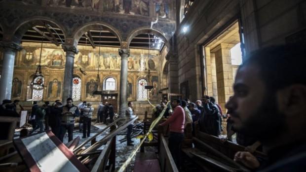Blaarrr, Serangan Bom Teroris Di Gereja Terbesar Mesir ini Tewaskan 25 Orang