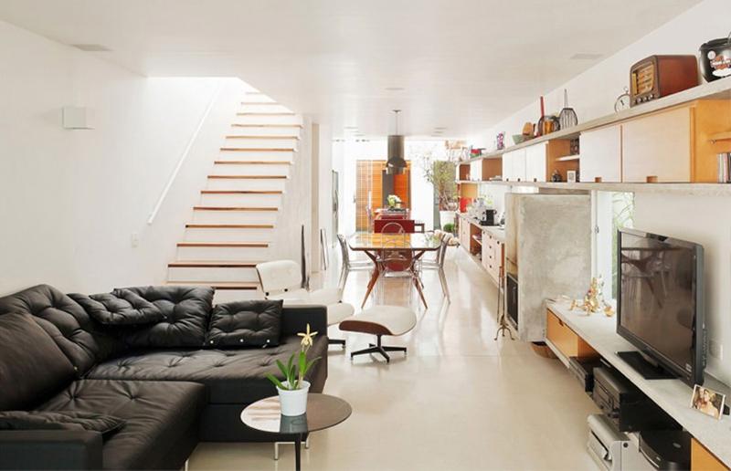 Uma ideia boa para apartamentos pequenos: cozinha integrada com a sala