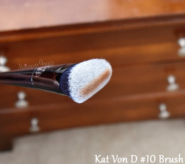 Kat Von D Lock-It Edge Contour Brush #10 Review