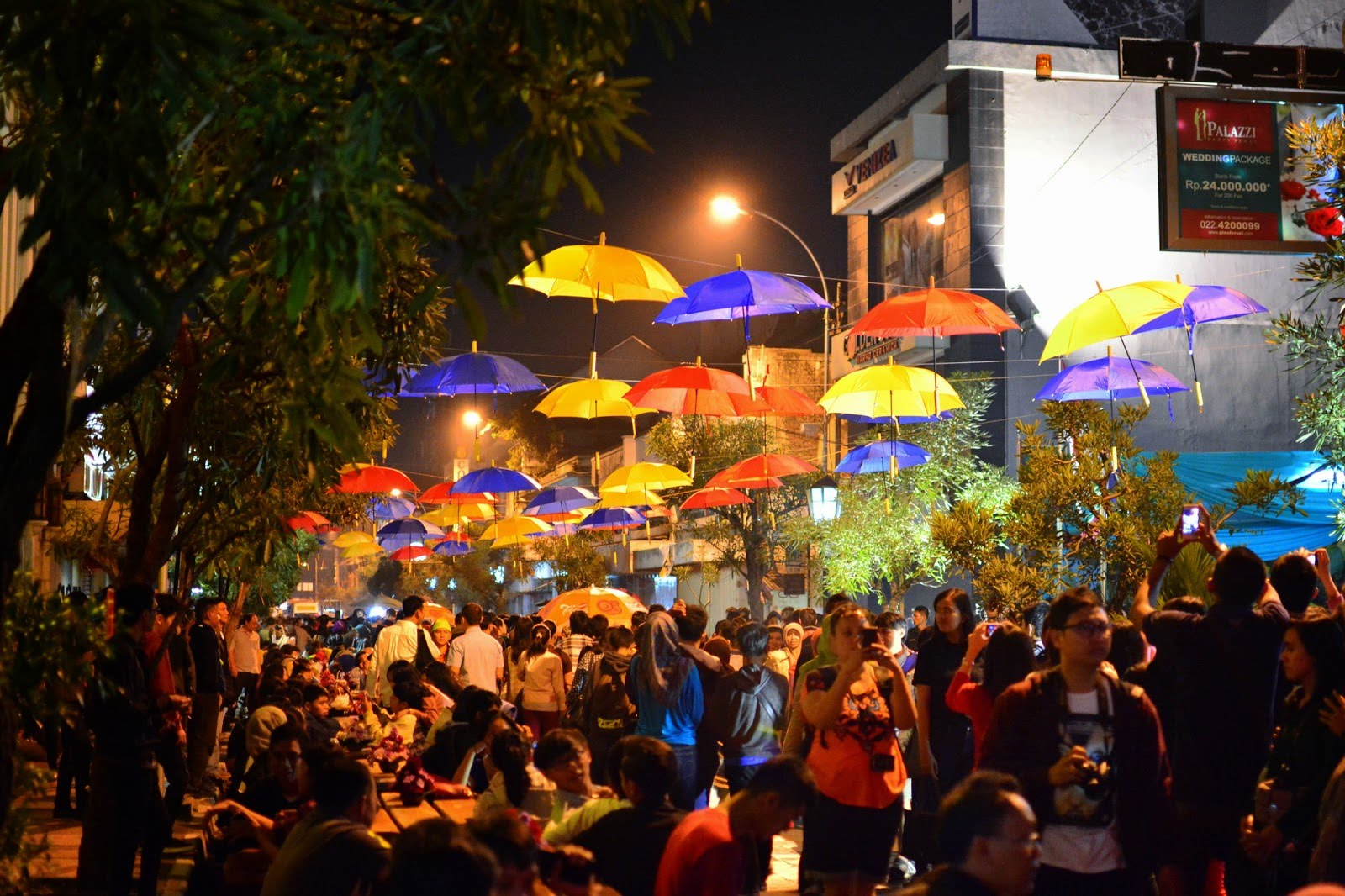festival jalan braga bandung