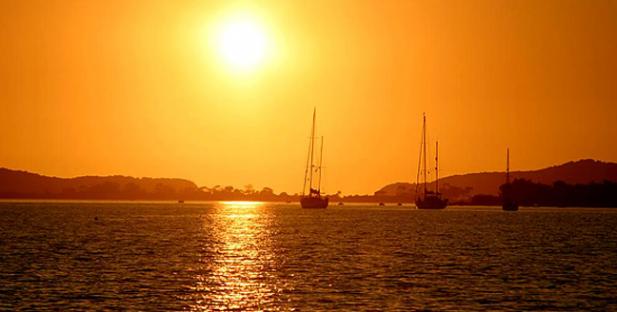 ηλιοβασίλεμα-Ελλάδα-καλοκαίρι-ήλιος-θάλασσα-Γιάλοβα-Μεσσηνία