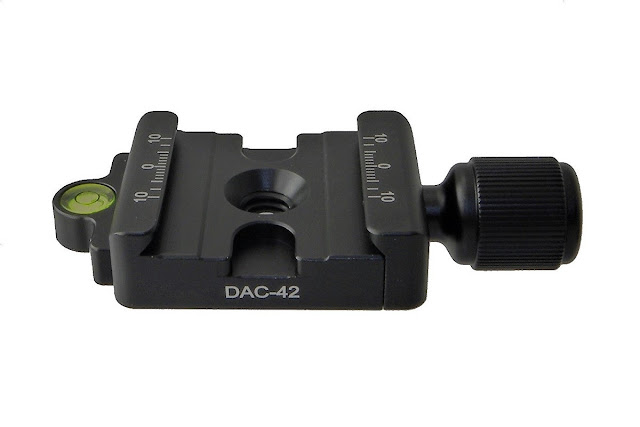 Desmond DAC-42 QR clamp overview