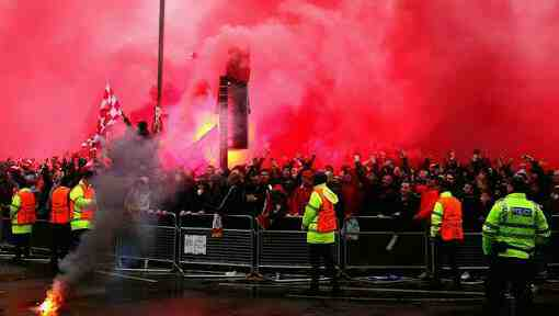 Champions League: Roma fans attack Liverpool supporters
