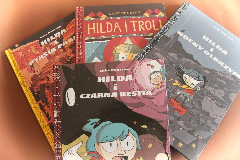 """Hilda i troll"", ""Hilda i nocny olbrzym"", ""Hilda i ptasia parada"" i ""Hilda i czarna bestia"" Luke Pearson"